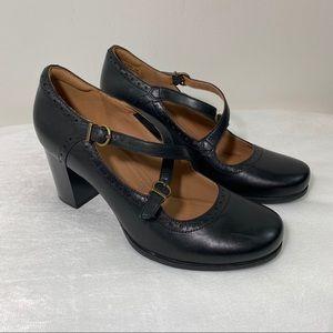 Clarks Artisan Black Ciera Dusk Dress Pump Heels